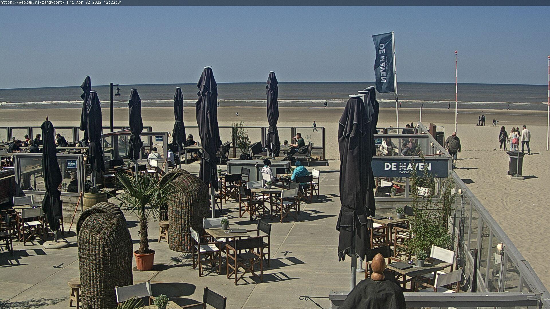 WebCam.NL | LIVE camera Haven van Zandvoort strandpaviljoen.